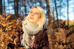 November walk with I. (1/2) (JogiExperience) Tags: portrait girl woman women herbst autumn fall natur nature outdoor menschen people farben colors wald forest woods bokeh olympus em5ii jogiexperience