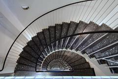 Terrazzo-Beauty (Elbmaedchen) Tags: treppenhaus treppe stufen staircase stairwell interior upanddownstairs steps hamburg roundandround stgeorg halbrund spirale spirals terrazzo