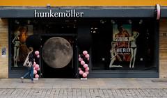 Mondsichtig (Only Snatches) Tags: cityscape deutschland doppelbelichtung fassade fenster germany mehrfachbelichtung mood multipleexposure skuril stadtbild bizarre facade window