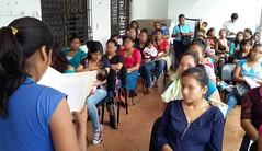 Continúa IEEPO con entrega de becas a madres estudiantes y jóvenes embarazadas