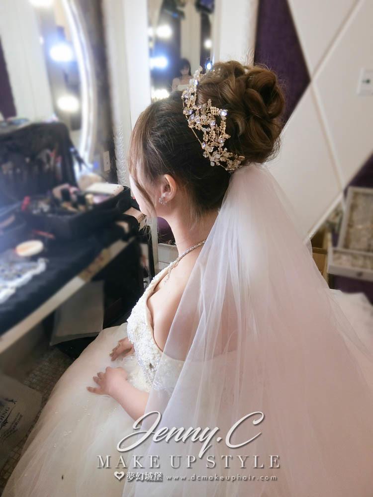 【新秘蓁妮】bride妍安 結婚造型 /新莊典華