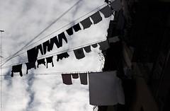 Napoli! (modestino68) Tags: napoli naples cielo sky palazzi buildings fili wires