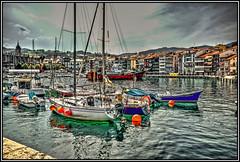 Un bello puerto en Vizcaya...Lekeitio (Jose Roldan Garcia) Tags: mar agua barcas paisaje luz colores lekeitio vizcaya euskadi españa