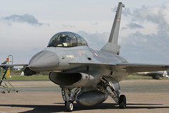 ET-022 F16 RDAF (Barry Swann) Tags: danish airforce raf royalairforce valley anglsey wales denmark lockheedmartin lockheed crew