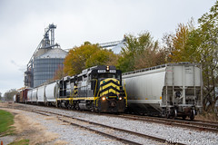 IN 2230 @ Edon, OH (Michael Polk) Tags: indiana northeastern emd gp30 freight train fall color tree edon ohio