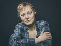 Portrait (ingrid eulenfan) Tags: fotoshootings model porträt portrait frau woman sonyalpha6000 sigma30mm 30mm