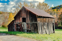 Beside the Road (Back Road Photography (Kevin W. Jerrell)) Tags: nikond7200 backroadphotography pound wisecounty virginia oldbuildings autumn autumncolors daysgoneby sigmalens photoshoplightroom