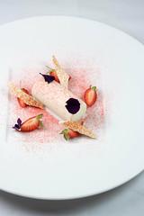 甜點 (Yu,Tsai) Tags: leica leicacl carlzeiss sonnar csonnart1550zm 50mm t food principe