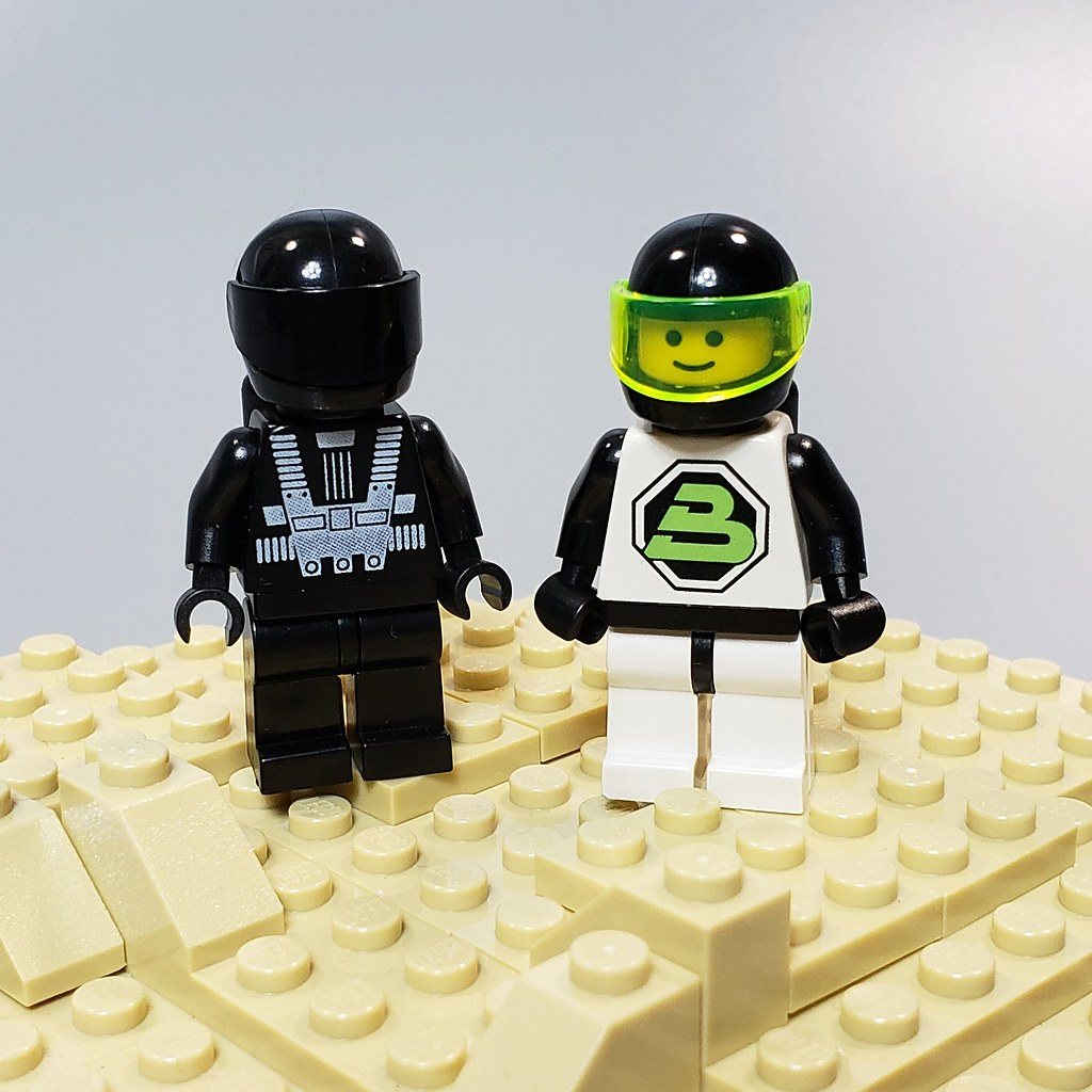 e9bf52b0f4e06 The World's Best Photos of lego and throwback - Flickr Hive Mind