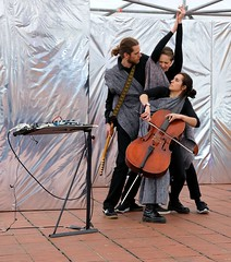 Kristian de Roode, Laura Sorrribas & Berber Vis 7495-9_2063 (Co Broerse) Tags: music contemporary composed vocal off days 19 day 2 matthijs naylor caged entresol berber vis laura sorribas cello vocals opera forward festival amsterdam ballet 2019 cobroerse kristian de roode guitar