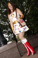 Wonder(bread) Woman (greyloch) Tags: dragoncon cosplay costume mashup wonderwoman humor dccomics comicbookcharacter 2018 canonrebelt6s niksoftware
