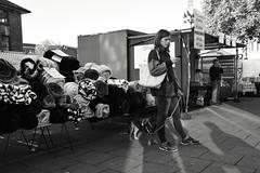 Dragonfly Blinds (Bury Gardener) Tags: bw blackandwhite monochrome mono burystedmunds britain 2018 nikond7200 nikon england eastanglia people peoplewatching folks suffolk streetphotography street streetcandids snaps strangers candid candids cornhill