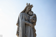 Seattle_Mary and Child_Calvary Cemetery_Statue (Zero State Reflex) Tags: seattle calvary cemetery mary child statue symbolism religion washington photography canon 5dmark3 zerostatereflex nuture beautiful peaceful love