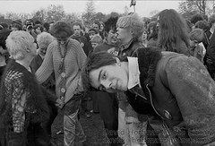 DHPL RAR_1978__07 (hoffman) Tags: rar lmhr punk youth concert music antinazileague antiracist politics political anl victoriapark activism fashion style punks clothing dress young rebellious 181112patchingsetforimagerights davidhoffman wwwhoffmanphotoscom london uk gbr