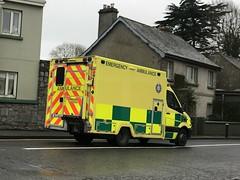 Emergency Ambulance - Mill Road, Ennis, Ireland - January 2019 (firehouse.ie) Tags: eire healthserviceexecutive nationalambulanceservice ireland ennis sprinter mercedes emergency ems nas hse krankenwagen ambulanza ambulansa ambulanz ambulans ambulancia ambulances ambulance