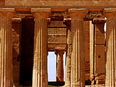 photo - Temple of Concordia, Valley of the Temples, Agrigento (Jassy-50) Tags: photo valleyofthetemples agrigento sicily italy templeofconcordia greektemple dorictemple doric archaeology archeology ancient ruins doriccolumns unescoworldheritagesite unescoworldheritage unesco worldheritagesite worldheritage whs