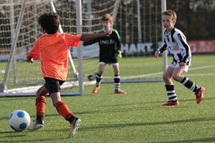"""HBC Voetbal • <a style=""""font-size:0.8em;"""" href=""""http://www.flickr.com/photos/151401055@N04/43910412020/"""" target=""""_blank"""">View on Flickr</a>"""