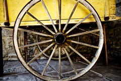 Wheel (Garry Shu) Tags: france roue wheel chariot colors leaf leaves feuilles automn automne aki couleurs jaune yellow wood bois handmade artisan artisanal old tradition isère morestel medieval médiéval city coutryside campagne stone pierre art instagram nikon d750 tamron 1735mm