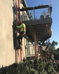 003 The Saturday Afternoon Hangout (saschmitz_earthlink_net) Tags: 2018 california southerncaliforniagrotto christmasparty losangelescounty baldwinhills windsorhills party climbing practice