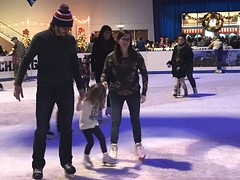 "2016-12-17-winter-fest-at-navy-pier-5_44295390412_o • <a style=""font-size:0.8em;"" href=""http://www.flickr.com/photos/109120354@N07/45305603165/"" target=""_blank"">View on Flickr</a>"
