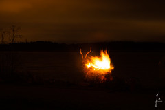 Kekri (jannaheli) Tags: kekri suomi finland helsinki arabianrantapuisto nikond7200 syksy autumn luontovalokuvaus naturephotography luonto nature kekrijuhla kekripukki nuotio campfire tuli fire ilta evening visitfinland visithelsinki partytime