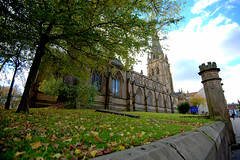 Preston Parish Church (Tony Worrall) Tags: preston lancs lancashire city welovethenorth nw northwest north update place location uk england visit area attraction open stream tour country item greatbritain britain english british gb capture buy stock sell sale outside outdoors caught photo shoot shot picture captured ilobsterit instragram architecture building church autumn leaves leaf wall