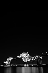 L1100988-2 (Zengame) Tags: leica leicasl leicasltyp601 sl summilux summiluxsl50mmf14asph wakasukaihinpark architecture bridge illuminated illumination japan landmark tokyo tokyobay tokyogatebridge typ601 waksu ゲートブリッジ ズミルックス ズミルックスsl ライカ 日本 東京 東京ゲートブリッジ 東京湾 橋 若洲 若洲海浜公園 東京都 jp