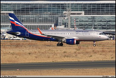 AIRBUS A320 214 Aeroflot VP-BJW 6954 Frankfurt septembre 2018 (paulschaller67) Tags: airbus a320 214 aeroflot vpbjw 6954 frankfurt septembre 2018