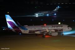 Eurowings / A320 / D-AEWS (schmidli123) Tags: zrh zurichairport zrhairport daews eurowings airbus airbuslovers a320 nightshot avis
