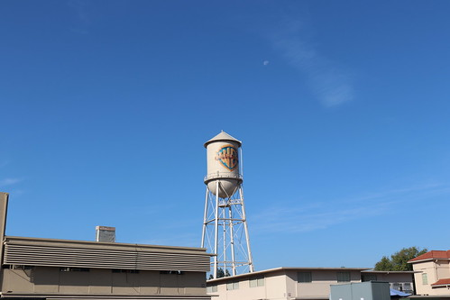 "Warner Brothers Water Tower • <a style=""font-size:0.8em;"" href=""http://www.flickr.com/photos/28558260@N04/46140616262/"" target=""_blank"">View on Flickr</a>"