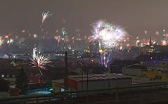 Happy New Year to everyone (Stefan Markus) Tags: happynewyear frohesneuesjahr newyear nikonafsdxnikkor35mmf18g fireworks feuerwerk 201819 silvesternacht silvester nikond7500 nikon germany deutschland northrhinewestphalia nordrheinwestfalen wuppertal himmel sky stadt town neujahr