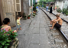 Train Street (cowyeow) Tags: hanoi vietnam asia asian street urban city train tracks trainstreet weird dangerous travel candid people canded