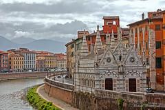 Chiesa di Santa Maria della Spiga (Michele Monteleone) Tags: pisa toscana arno fiume acqua cielo chiesa muro architettura edificio canon 40d