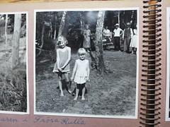 Fotoalbum (Ken-Zan) Tags: album photo girls kids bw kenzan ia frösakull halland