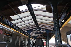 IMG_3899 (GojiMet86) Tags: mta bmt nyc new york city subway train astoria ditmars blvd