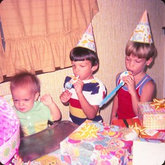 Brian's First Birthday (Stabbur's Master) Tags: 1970s 1970sbirthdayparty birthday birthdayparty birthdaypresents kidsbirthdayparty kidsbirthday childsbirthdayparty firstbirthday 1977birthdayparty