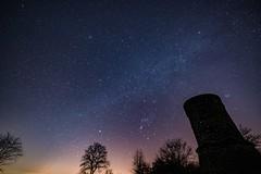 Sternenhimmel über dem Dronketurm (clemensgilles) Tags: sternenzelt sternenhimmel stars stargazing starlight availablelight beautiful vulkaneifel nightphotography longexposure astrophotography astrophotographers astrofotographie deutschland eifel germany