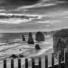The Twelves Apostles - Australia (mcbail) Tags: dark seascape twelves apostles ocean road victoria australia australie rock rocher cliff falaise dusk crépuscule blackwhite blackandwhite black noiretblanc monochrome