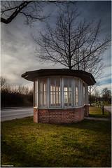 Bushaltestelle (geka_photo) Tags: gekaphoto kaköhl schleswigholstein deutschland bushaltestelle busstop architektur architecture