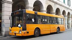 AMT 4528 (Lu_Pi) Tags: amt genova autobus bus bredamenarinibus bmb m230mu sestri sestriponente amtgenovalinea52 cimitero