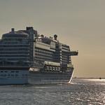 Hamburg, Elbe, Schiff thumbnail