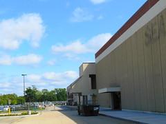 Former Sears (Rhode Island Mall, Warwick, Rhode Island)