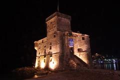 Il castello di Rapallo avvolto dalle tenebre (Silvano Romairone) Tags: rapallo castello
