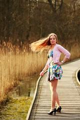 0063 (boeddhaken) Tags: longhair blond dreamwoman beautifulwoman woman sexywoman cutegirl lovelygirl dreamgirl beautifulgirl girl sexygirl hetzwin zwin nature natureparc tree bridge longbridge laydown