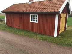 Röd stuga (Göran Nyholm) Tags: logården röd fotosondag fotosöndag fs181209