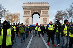 'Yellow Vests' Descend on Paris as Police Arrest Hundreds and Fire Tear Gas (psbsve) Tags: portrait summer park people outdoor travel panorama sunrise art city town monument landscape mountains sunlight wildlife pets sunset field natural happy curious entertainment party festival dance woman pretty sport popular kid children baby female cute little girl adorable lovely beautiful nice innocent cool dress fashion playing model smiling fun funny family lifestyle posing few years niña mujer hermosa vestido modelo princesa foto guanare venezuela parque amanecer monumento paisaje fiesta