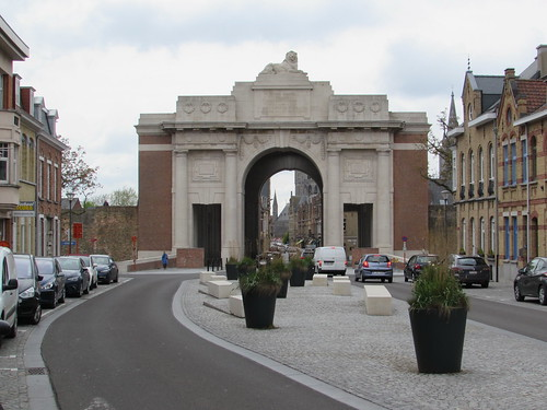 Ieper: Menin Gate Memorial to the Missing (West-Vlaanderen)