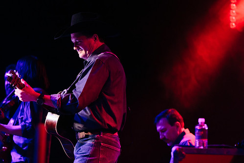 Tracy Byrd & Dane Louis Band - 12.7.18 - Hard Rock Hotel & Casino Sioux City