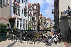 The Netherlands - Dordrecht (Michael.Kemper) Tags: canon eos 6 ef 2470 24 70 f4 f 4 l is usm voyage travel travelling reise vacation urlaub netherlands niederlande holland südholland zuidholland dordrecht summer sommer zuid nederland fahrrad fahrräder bike bikes bicycle bicycles binnenstad gracht dordt 6d