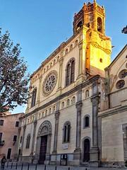Un raig de sol   -  A ray of sun (Miquel Lleixà Mora [NotPRO]) Tags: city church esglesia sun raigdesol